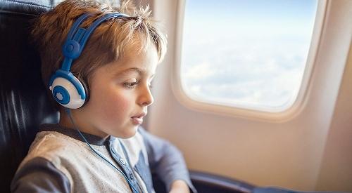 飛行機内での子供の過ごし方